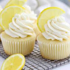 cupcakes mit zitrone und mascarpone creme saftig lecker