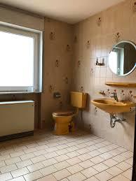 badsanierung alten fliesen zum luxus bad der vorher