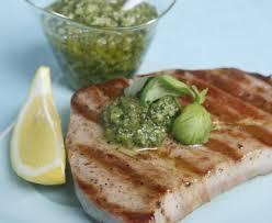 cuisiner thon frais thon rôti au pesto frais recette de thon rôti au pesto frais
