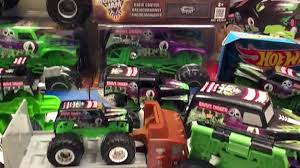 GRAVE DIGGER Collection Monster Jam - Video Dailymotion Monster Jam My Favorite Everything Grave Digger Mohawk Warrior Maximum Destruction Mutt Truck Mohawk Warrior Hot Wheels 2015 Figure Included New Look Higher Education Vs Trucks Youtube Obral 007 Obralco 25th Anniversary Collection Every Year The Talent Pool Gets Deeper Facebook Stock Photos Images Alamy Julians Blog 2017 Image Dx 4770jpg Wiki Fandom Powered By Wikia