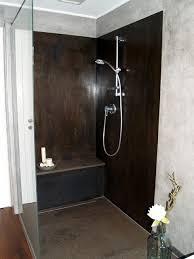 dusche mit schwarzblech verkleidet steinboden