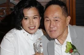 lesbienne femme de chambre hong kong un milliardaire met à prix sa fille lesbienne