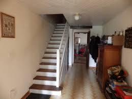 peindre un escalier sans poncer peindre escalier bois sans poncer on decoration d interieur