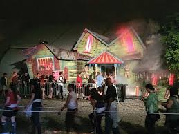 Halloween Horror Nights Express Pass by Here U0027s Your Haunted House Hit List For Halloween Horror Nights 24
