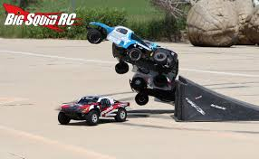 100 Truck Jumps Brushed 2WD Short Course Shootout Jumping Big Squid RC