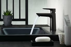 schwarze armaturen klare schönheit im bad i bathspiration