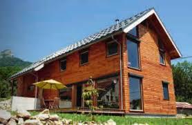 maison bois le des matériaux de construction écologiques