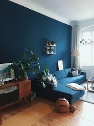dunkle wandfarbe wohnzimmer streichen in petrol dunkle