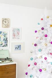 How To Style A Retro Mid Century White Christmas Tree