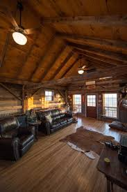 Shed Row Barns Texas by Best 25 Barn With Living Quarters Ideas On Pinterest Barn