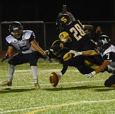 Pumpkin Festival Milford Nh by Nhiaa Football Leonard Helps Souhegan Past Milford New Hampshire