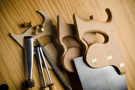 Fine Woodworking Tools Uk by Hand Saw Buyer U0027s Guide For Woodworking Wood And Shop