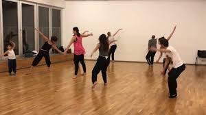 cours de danse contemporaine débutant intermédiaire bruxelles