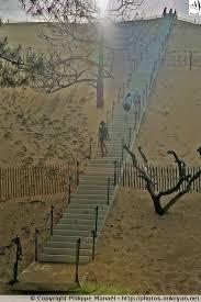 escalier de la dune du pilat bassin d arcachon aquitaine