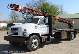 100 26 Truck 1999 GMC C6500 Roofing Truck Item L4962 SOLD April V