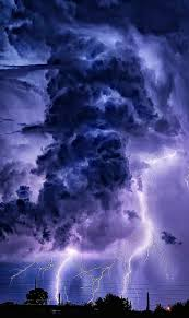 Eye Of The Storm Lightning