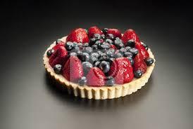 fototapete dessert obst kuchen mit erdbeeren und heidelbeeren