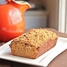 Quick Bread with Shredded Carrots and Spices topped with Oat Streusel