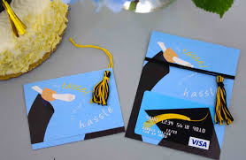 5 Great End of year Gift Cards for Graduates and Teachers