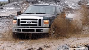100 Trucks In The Mud GKT 6647 Wallpaper
