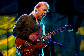 Derek Trucks Live - Derek Trucks Band - Gonna Move - YouTube - MTM
