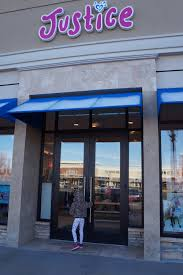 Last Minute Holiday Shopping At Carriage Crossing Mall -Blog ... The Mall At Barnes Crossing Reeds Tupelo Channel What To Do This Halloween In Pines Rent List Kings Rcg Ventures Map Monmouth Davids Bridal Ms 662 8426 Hyundai New Used Gymboree Closing 350 Stores Here Is The List