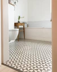die wohnkolumne auf ad schöne badezimmer zementfliesen