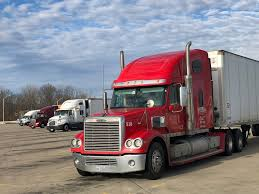 100 Indianapolis Trucking Companies Want Younger Drivers State Lines Are In The Way