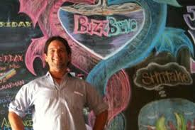Deep Ellum Dallas Murals by Ernest Belmore Dishes On How Buzzbrews Brunches Make Deep Ellum