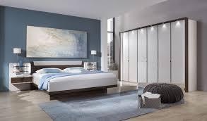 schlafzimmer mit 6 türigen schrank catania in chagner nocce kombination