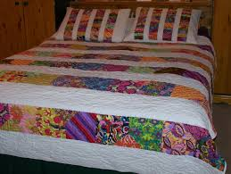 Dream On Reversible Queen Quilt Set With Two Pillow Shams 86