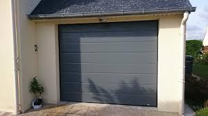 porte sectionnelle sur mesure porte de garage sectionnelle avec portillon monsieur store