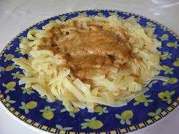 cuisine escalope de dinde escalope de dinde à la sauce au pommeau chez dodie