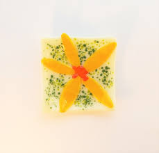 100 Flannel Flower Glass Small Fused Glass Yellow Flower Dish Can Be Used As A Trinket Caddy A Ring Dish Or A Soap Dish