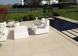 EVO 2eTM Outdoor Flooring