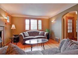help with paint for facing arts crafts style living room