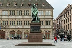 chambre des commerces angers file strasbourg place gutenberg statue de gutenberg david d