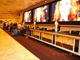 MGM Grand Hotel and Casino Front Desk on a Sunday morning