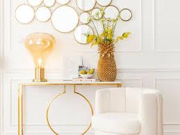 deko in gold ein elegantes und gemütliches ambiente