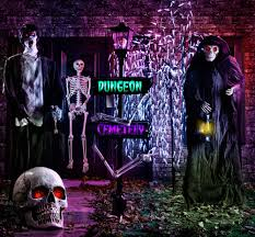 Motion Activated Outdoor Halloween Decorations by Top 4 Spooktacular Decorating Ideas For Halloween Lowe U0027s Canada