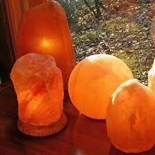 Earthbound Salt Crystal Lamps by Best 25 Salt Crystal Lamps Ideas On Pinterest Himalayan Salt