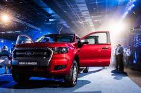 Ford Plans To Bring Production Of Ranger Pickup Truck Back To U.S. ... Allnew Ford Ranger Compact Pickup Truck Revealed But Its Not For 2019 Reviews Price Photos And Specs 2001 Pickup Truck Item De3614 Sold May 2 Ve Auto Shdown 20 Jeep Gladiator Vs Motor Trend Midsize The Small Is What We Know About The Storm Concept Is Another Awesome Us Doesnt Sensiblysized America Has New Returns Video Test Drive Medium Duty Work Info