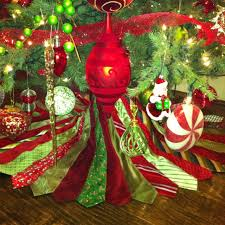 Seashell Christmas Tree Skirt by 54 Best Christmas Tree Skirts Images On Pinterest Burlap