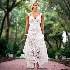 Pretty Floral Lace Rustic Wedding Dresses V Neck Cap Sleeve Country Style Dress Backless