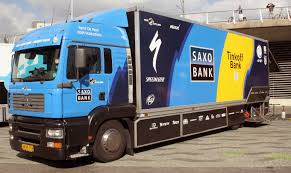 File:WPC 2012f Saxo Bank Truck.jpg - Wikimedia Commons Houston A Hub For Bank Armoredtruck Robberies Nationalworld Coors Truck Series 04 1931 Hawkeye Bank Sams Man Cave Truckbankcom Japanese Used 31 Ud Trucks Quon Adgcd4ya Kmosdal Centurion Repo Liquidation Auction The Mobile Banking Vehicles Mbf Industries Inc Loaded Potatoes In The Mountaineer Food Empty Bowls Ford Detroit F600 Diesel Truck Other Swat Armored Based Good Shepard Feeding Maines Hungry F700 Diesel Cbs Trucks Just A Car Guy Federal Reserve Of Kansas City Delivery Old Sale Macon Ga Attorney College