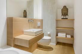 75 moderne badezimmer mit hellem holzboden ideen bilder