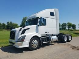 USED TRUCKS FOR SALE Semi Trucks For Sale Big Sleeper Single Axle Volvo Truck Tsi Sales Sideswiped Bathroom Upstairs Inside Peterbilt With 2019 20 Top Car Models Mack Sleepers Come Back To The Trucking Industry Competive Comparison Of 5 Yearold Orange Single Axle Sleepers For Sale