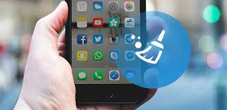How to Clean iPhone Screen in Gentle and Quick Method