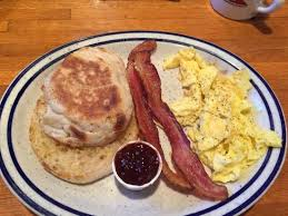 Iowa Machine Shed Restaurant Davenport by Farmer U0027s Daughter Scrambled Eggs Bacon And Buttered English