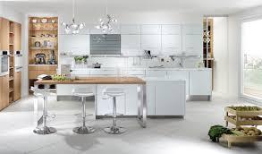cuisine bois laqué cuisine blanc et bois avec beautiful cuisine blanche et bois photos